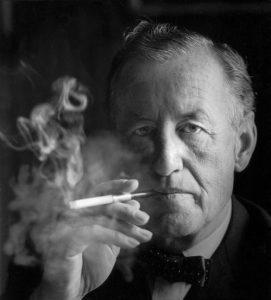 Photo of Ian Fleming.